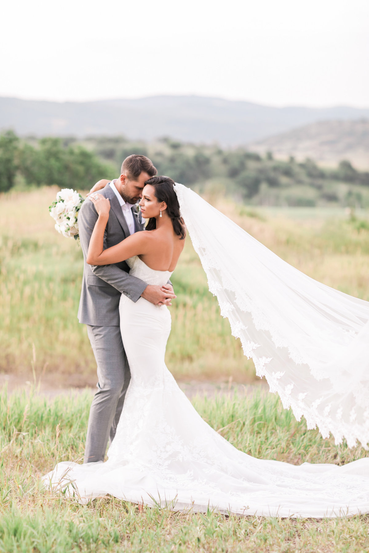 Kari_Ryan_Anderson_Colorado_Outdoor_Chapel_Wedding_Valorie_Darling_Photography - 87 of 126