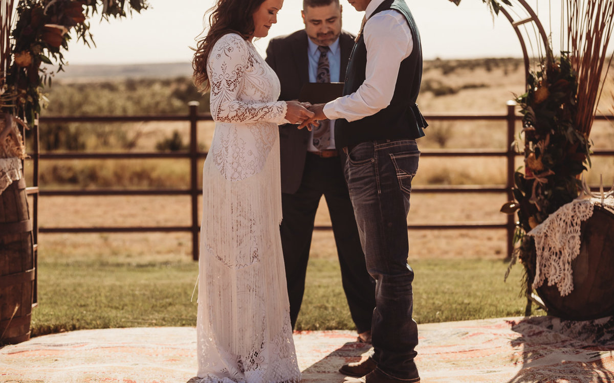 texas-ranch-wedding-native-roaming-142