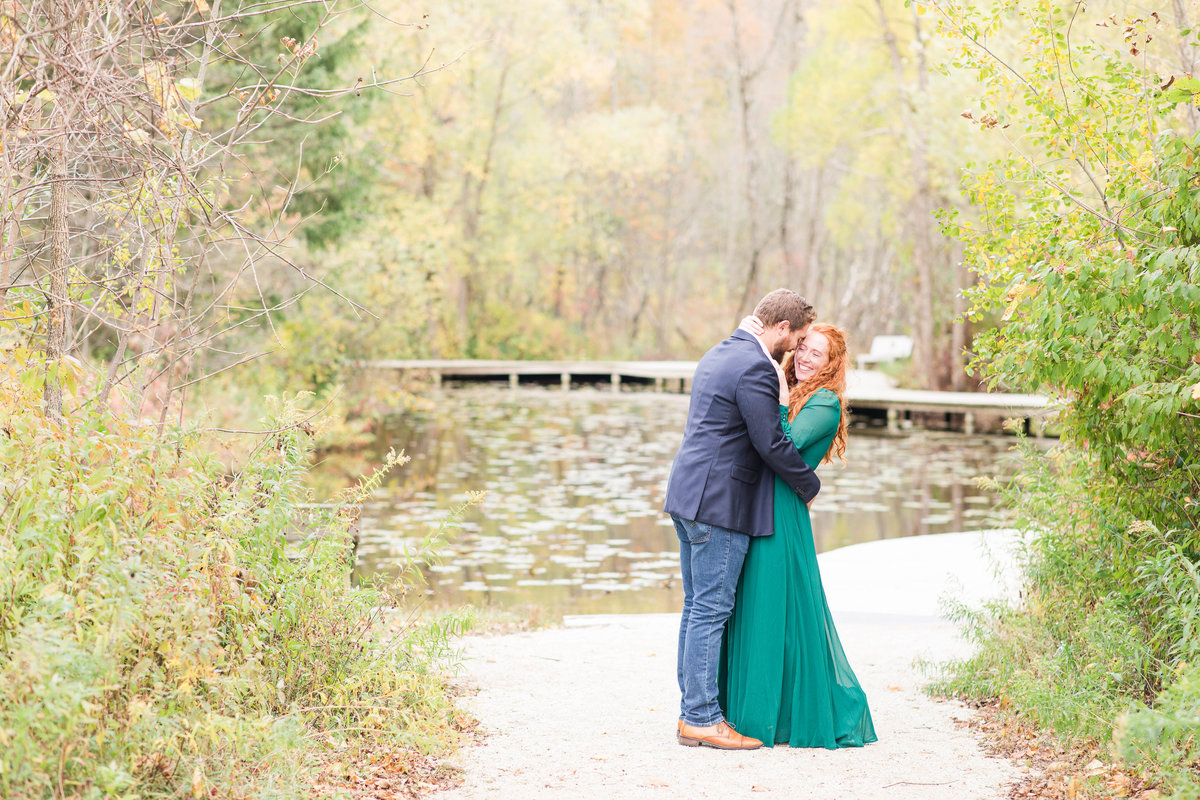 classic-fall-engagement-photos-katie-schubert-wisconsin-wedding-photographer-2
