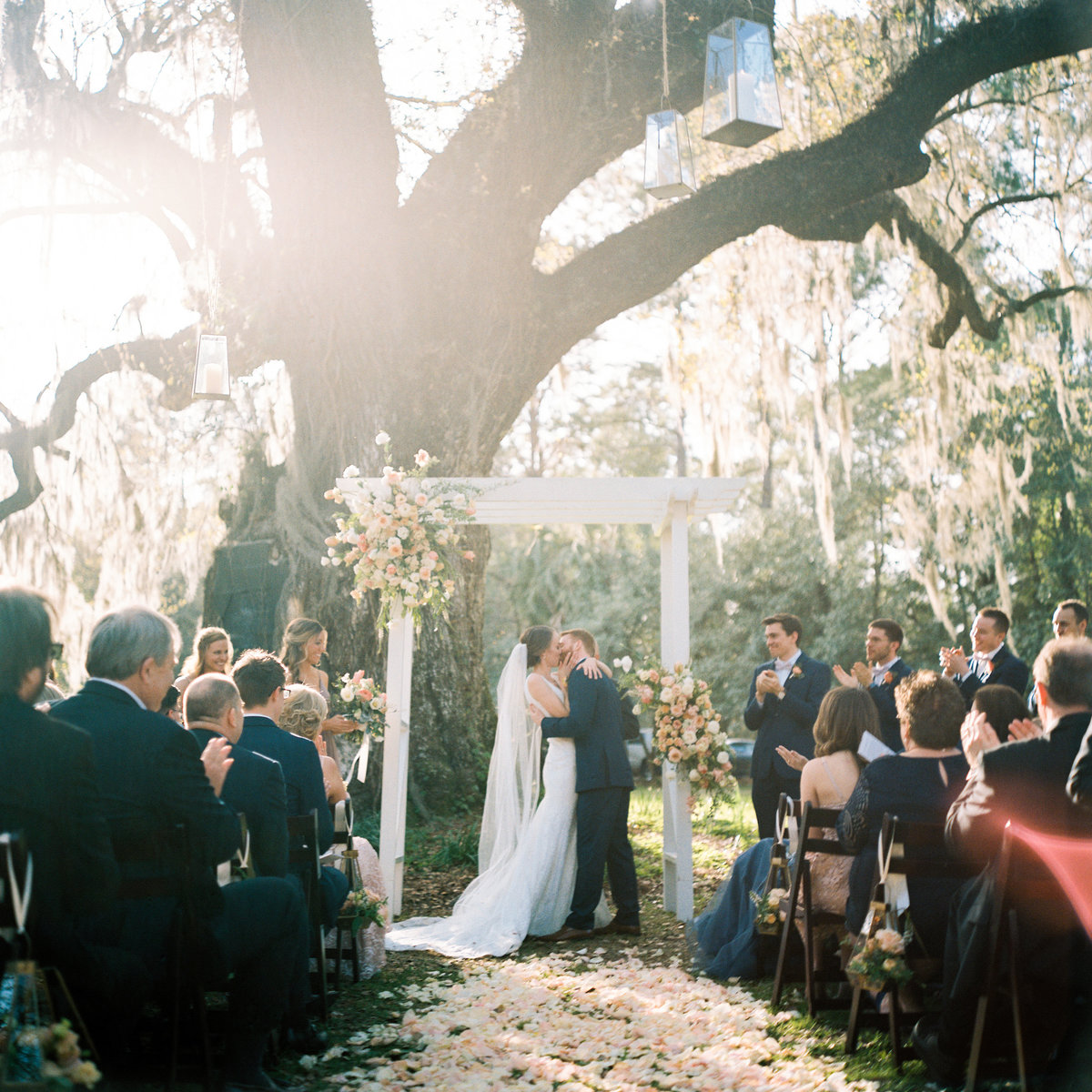 charleston-wedding-venues-magnolia-plantation-philip-casey-photography-039