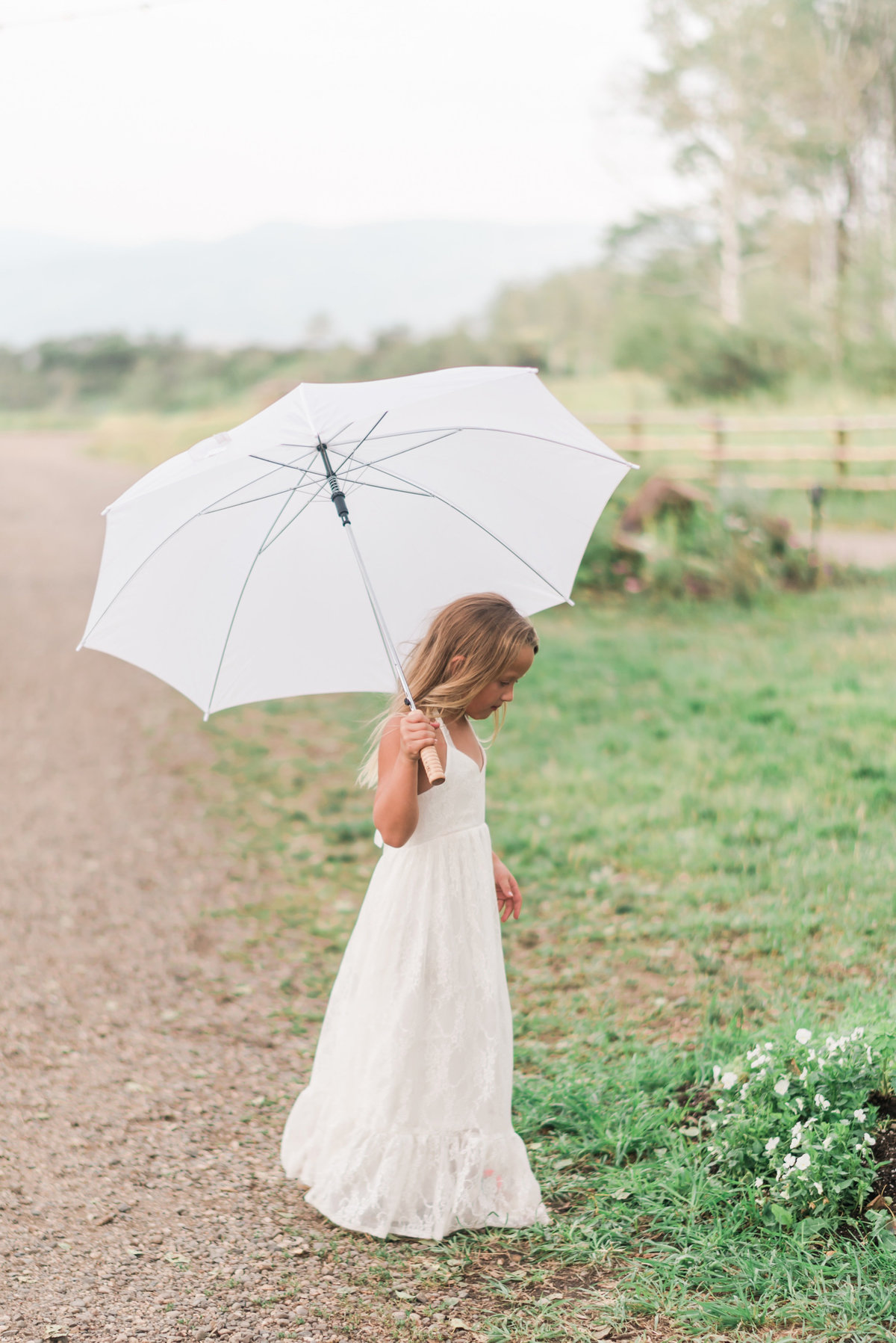 Kari_Ryan_Anderson_Colorado_Outdoor_Chapel_Wedding_Valorie_Darling_Photography - 85 of 126