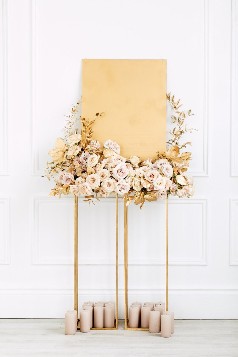 CoralPinkGoldWedding-COCObyCoversCouture-TorontoWeddingFlowers-PT.jpg3