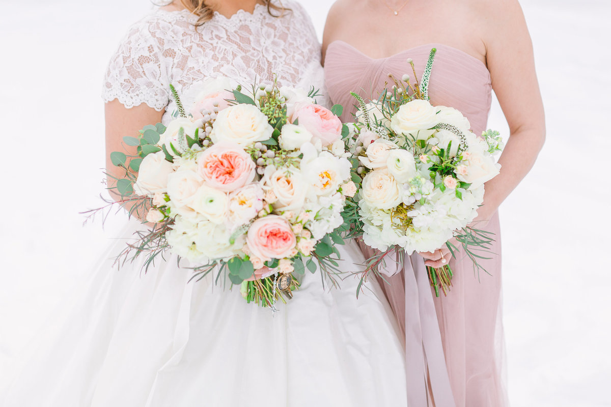 winter wedding bridal bouquets with Juliette garden roses