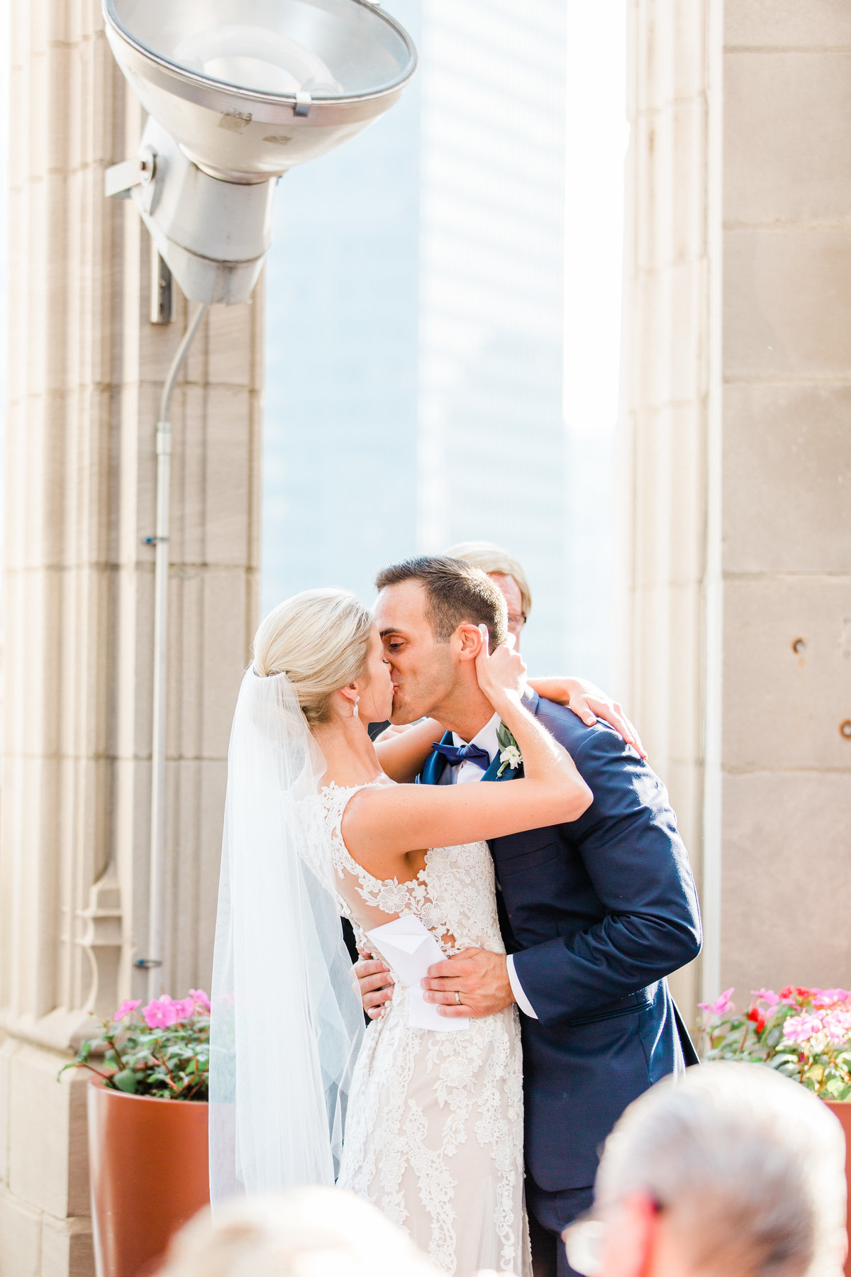 chicago-tribune-tower-wedding-nicole-jason-598