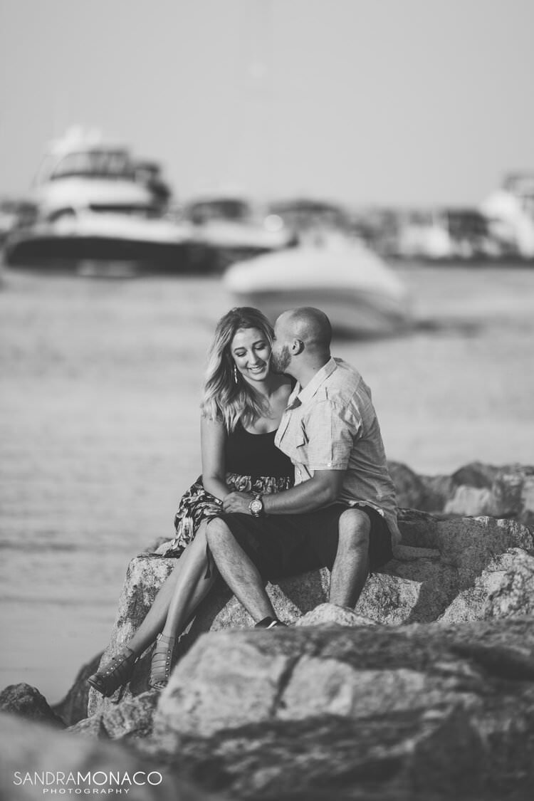 oakville-harbour-engagement-photography