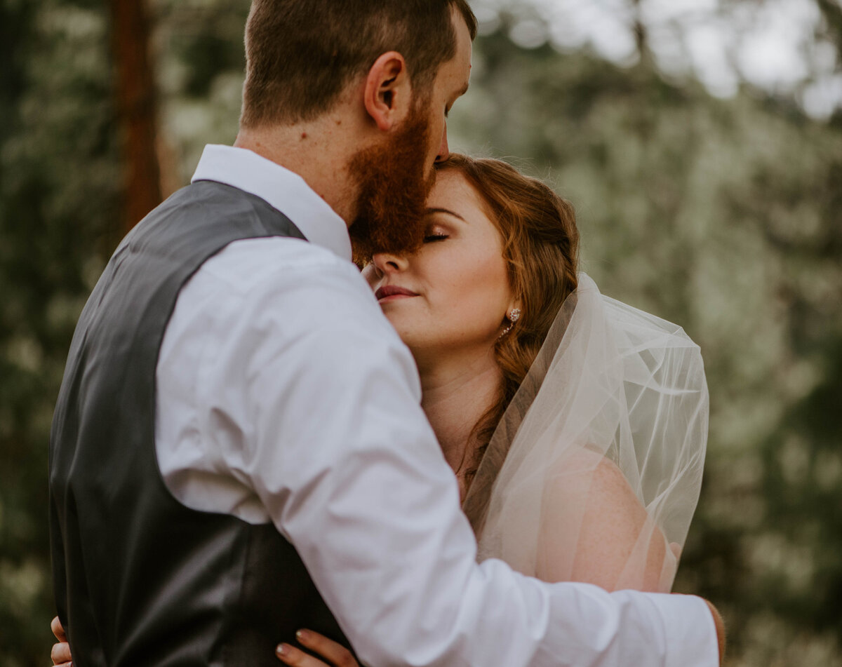 ochoco-forest-central-oregon-elopement-pnw-woods-wedding-covid-bend-photographer-inspiration2759