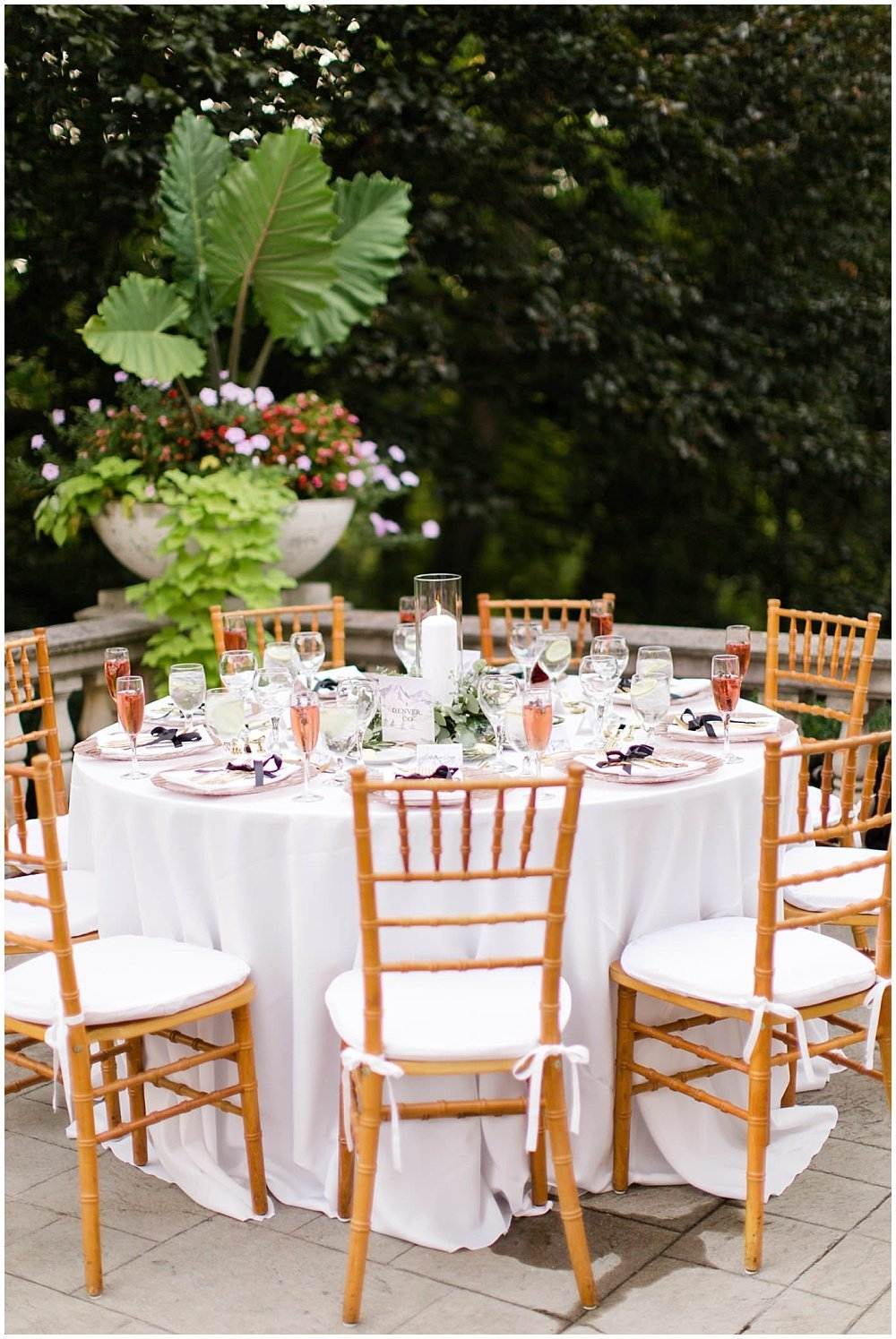 Summer-Outdoor-Terrace-Laurel-Hall-Indianapolis-Wedding-Danielle-Harris-Photography- Jessica-Dum-Wedding-Coordination-photo__0029