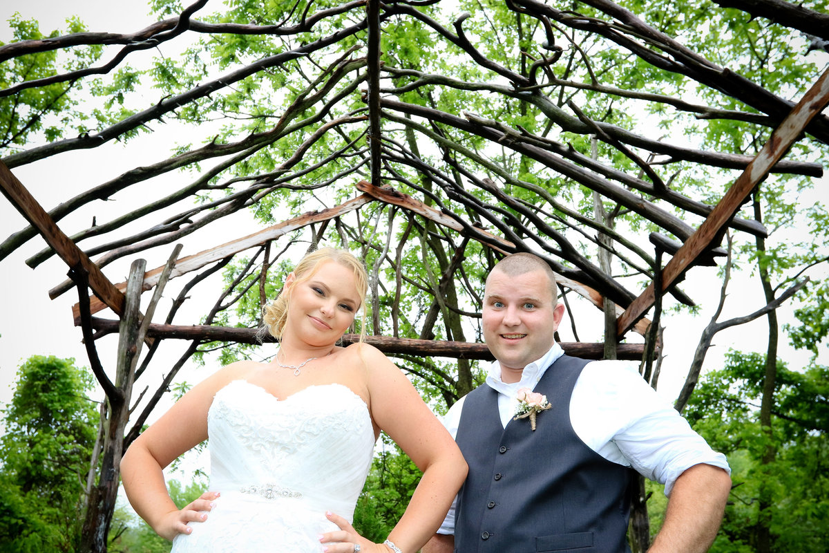 rodes-barn-wedding-photos-eveliophoto-447