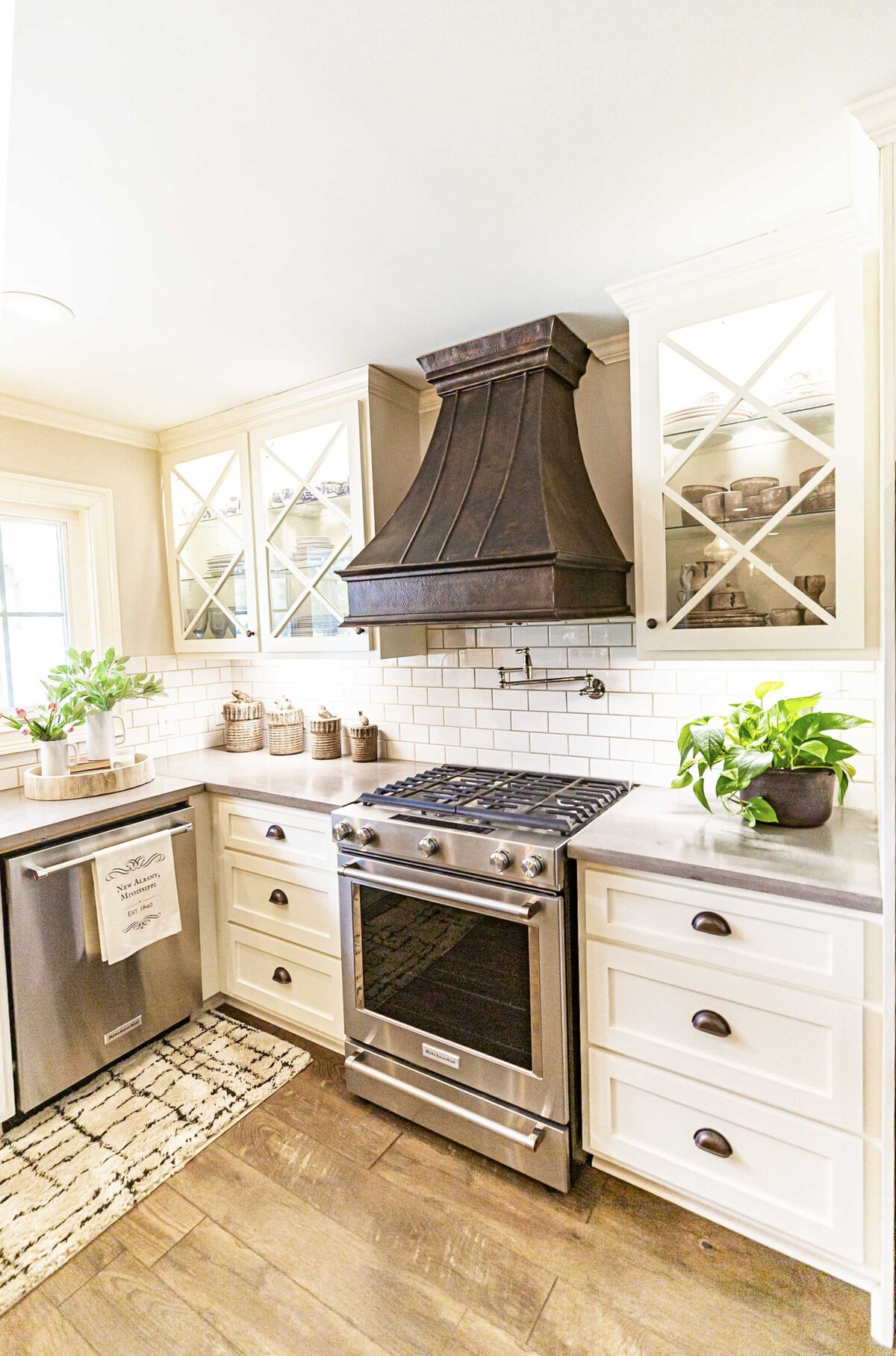 unique-kitchen-vent-hood-design