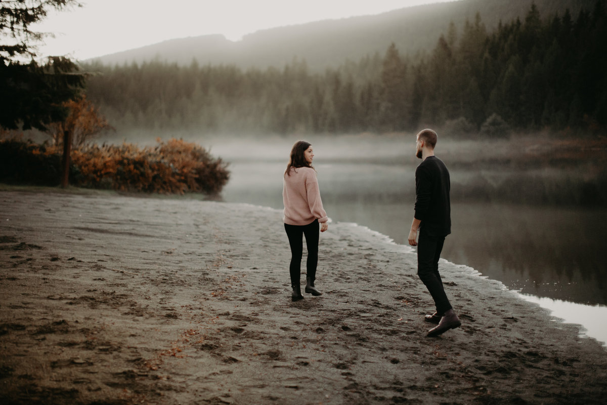 ROLLEY-LAKE-ENGAGEMENT-MEGHAN-HEMSTRA-PHOTOGRAPHY-6
