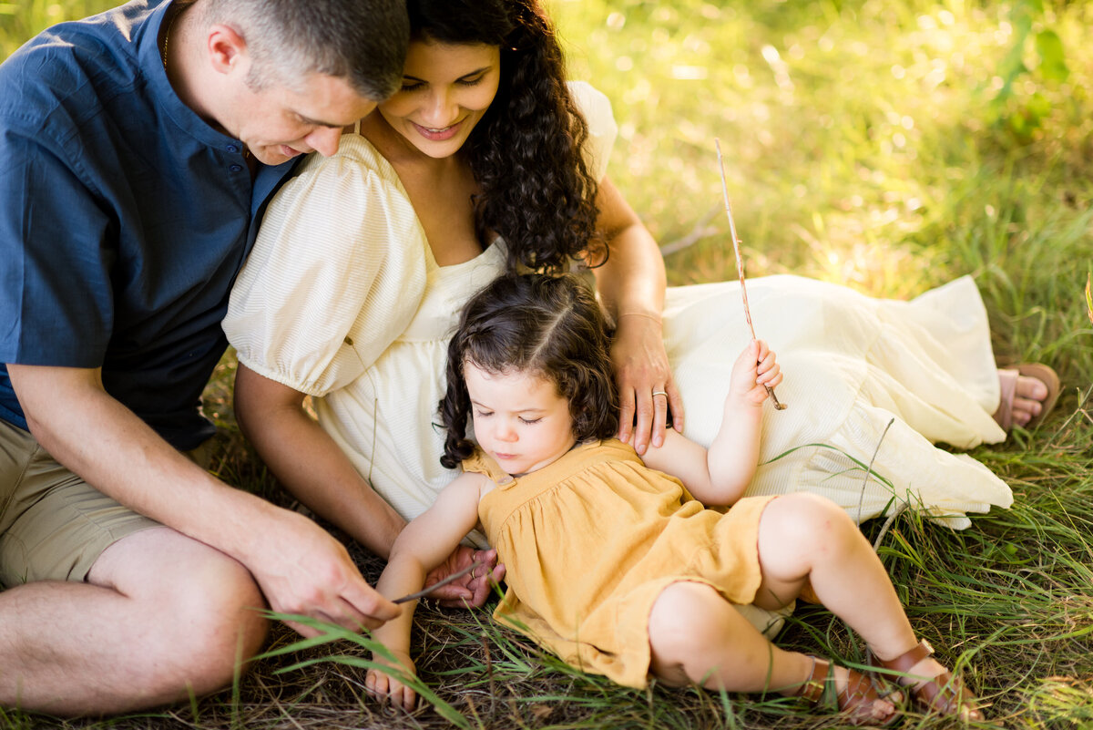 Boston-family-photographer-bella-wang-photography-Lifestyle-session-outdoor-wildflower-38
