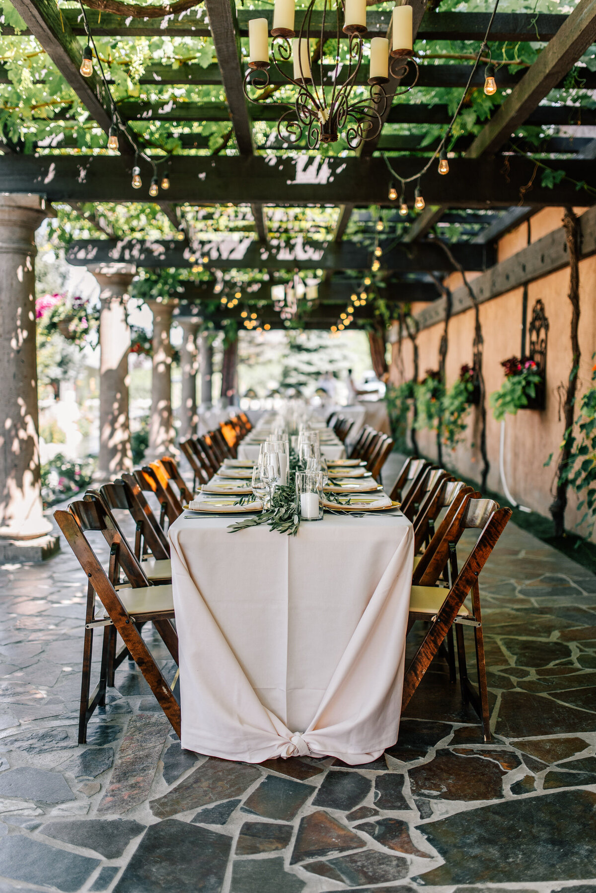 Intimate wedding reception on the upper terrazzo at Tsillan Cellars