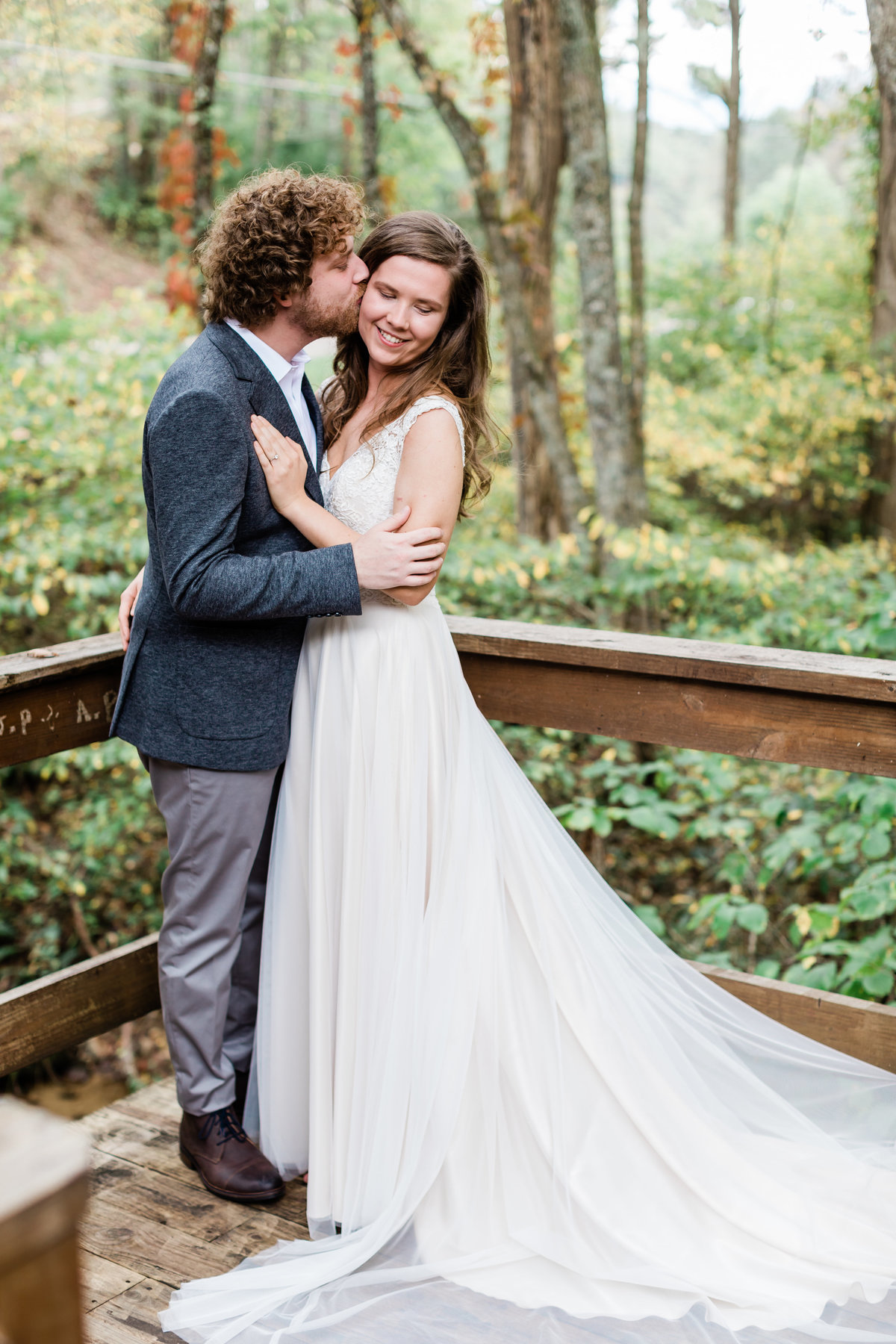 Danielle-Defayette-Photography-Mountain-Laurel-Farm-Wedding-Virginia-25
