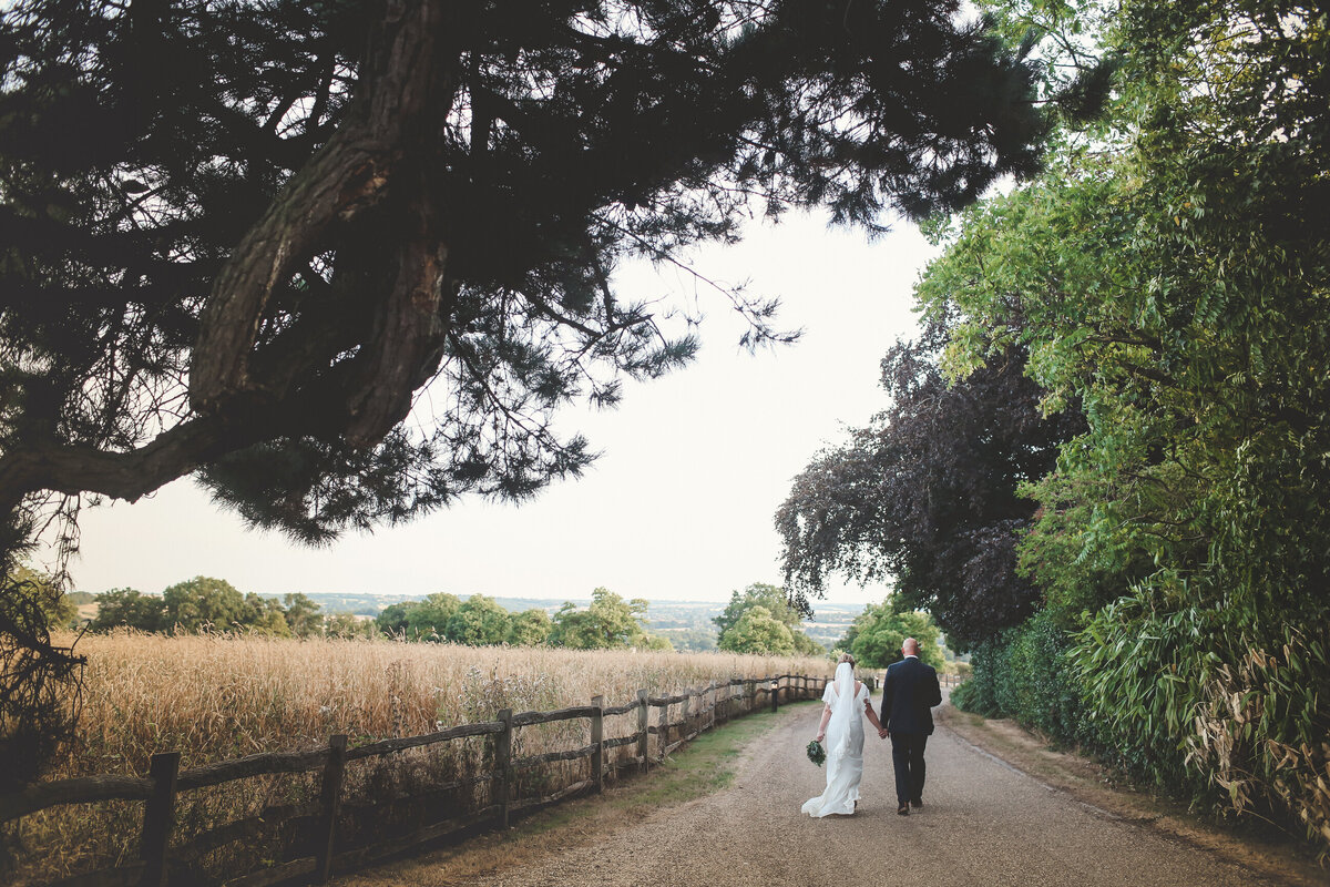 GAYNES-PARK-BARN-WEDDING-ESSEX-0073