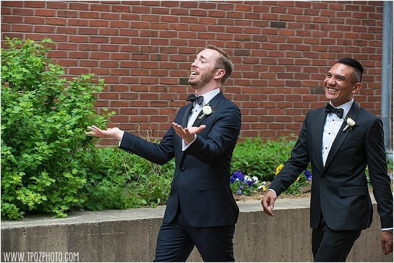 same-sex-wedding-frederick-douglass-maritime-museu_19