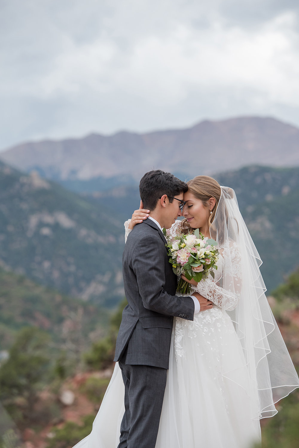 Bride and Groom with Pikes Peak view