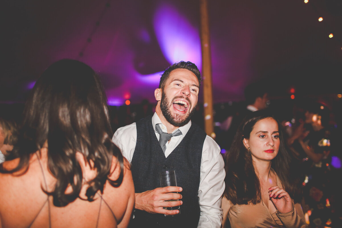 YORKSHIRE-WEDDING-LOTS-OF-LAUGHTER-MARQUEE-AND-CHUCH-0098