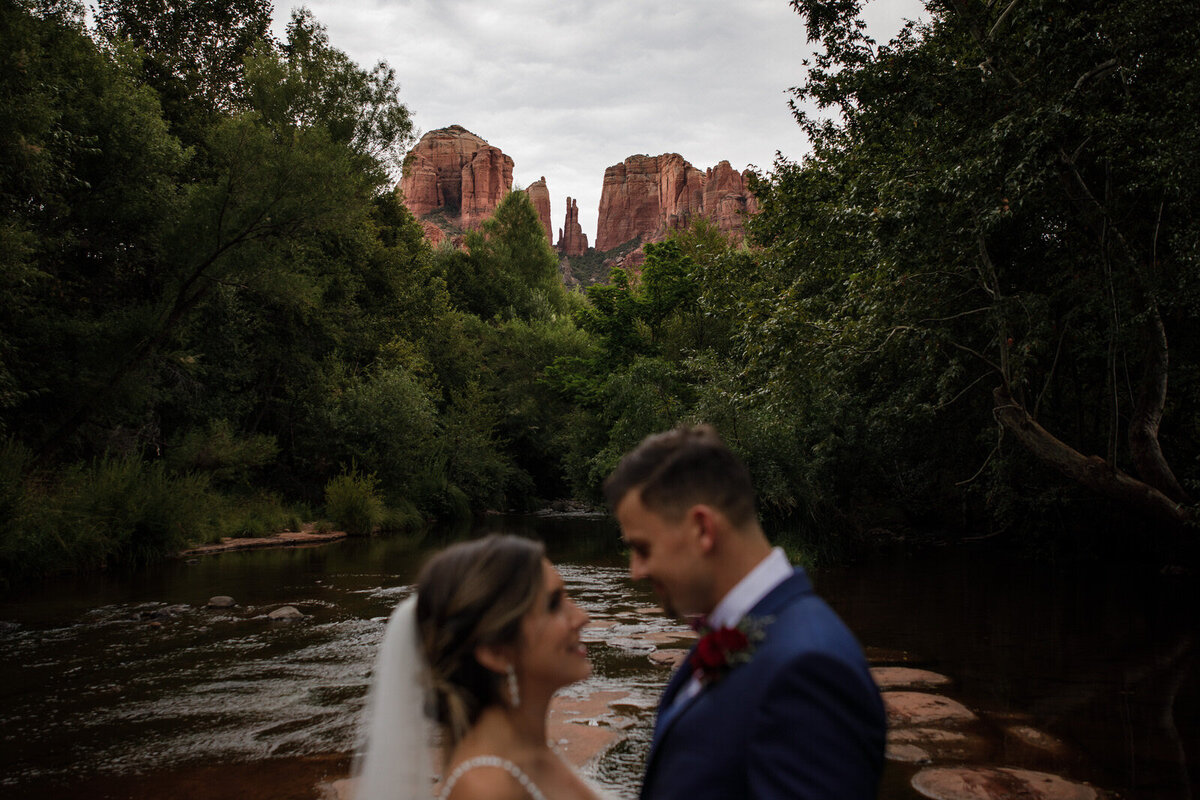 Sedona-Arizona-Elopement-Cathedral-Rock-Destination-Wedding-Photographer-132
