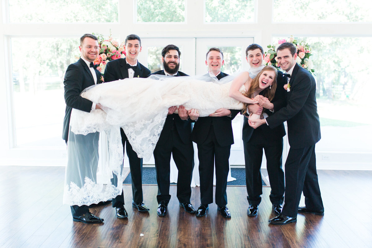 Ashley & Karl | Lone Star Mansion in Burleson | Dallas Wedding Photographer | Sami Kathryn Photography-99