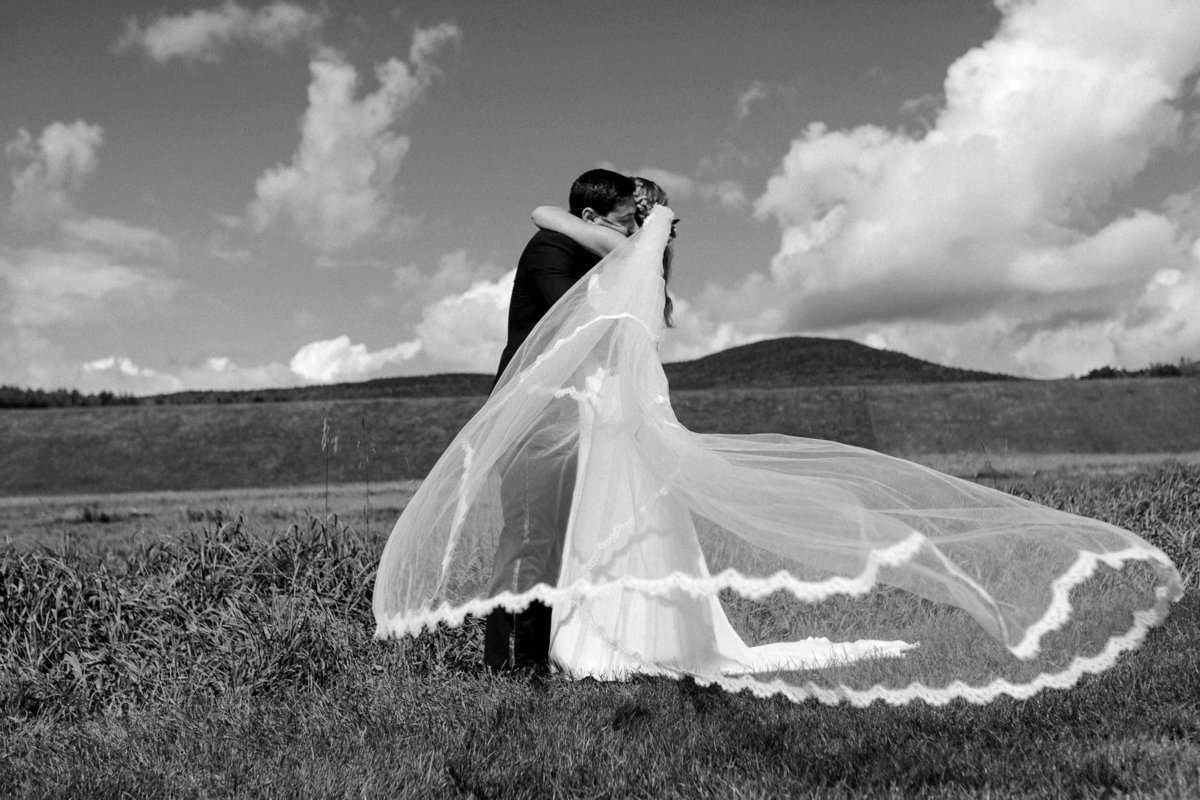 Hayfield-Catskills-Wedding-Best-Photographer-8