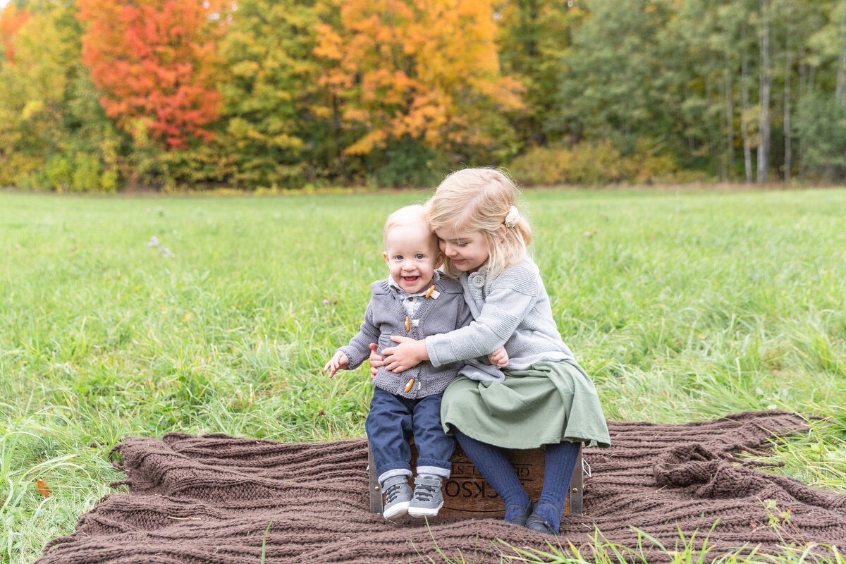 ottawa-fall-family-photographer-grey-loft-studio-5