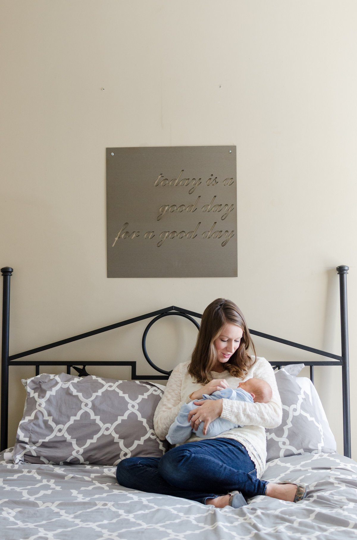 Noah-In-Home-Lifestyle-Newborn-Session-Murfreesboro-Nashville-Photographers+1