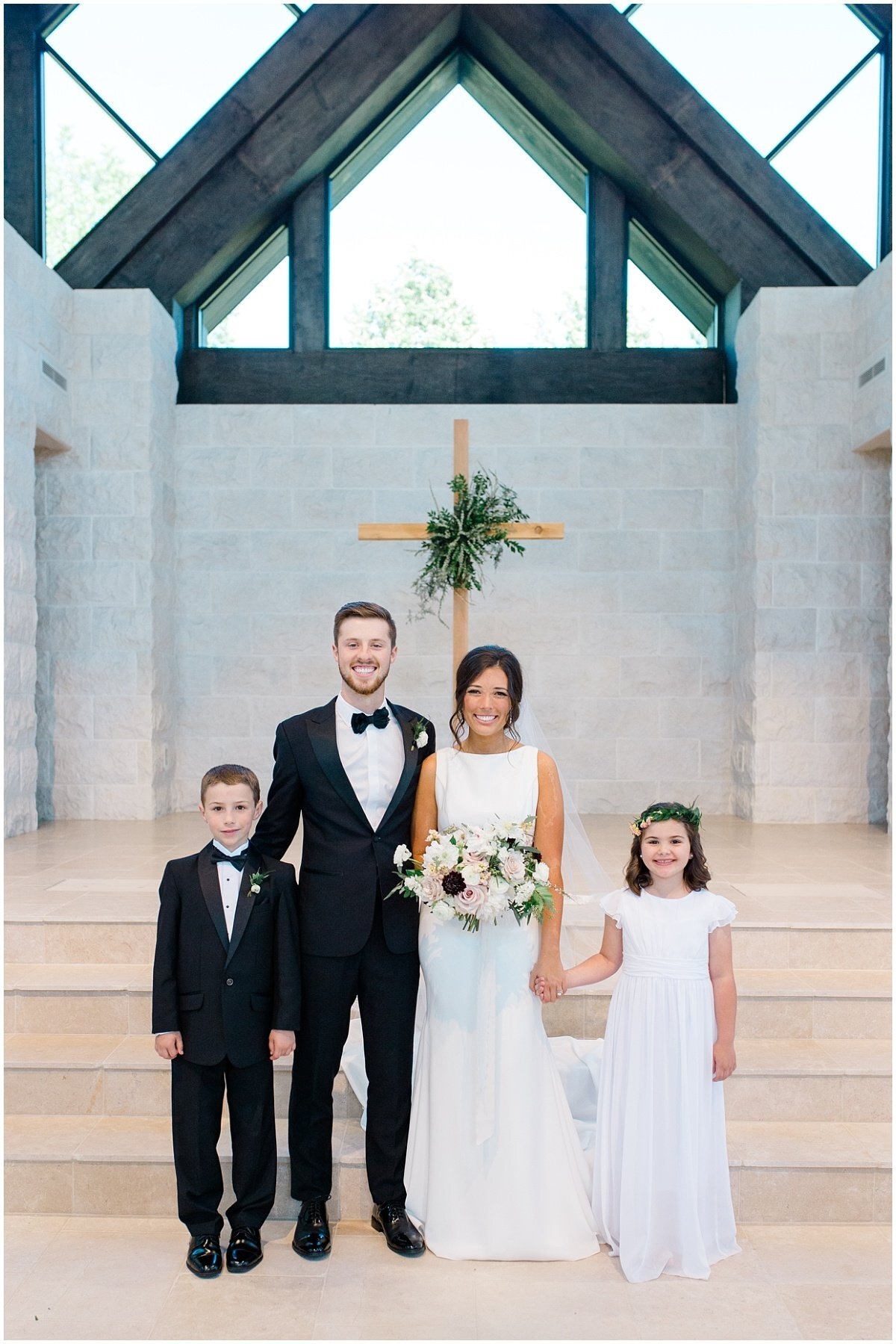 the-chapel-on-mcever-wedding-dahlonega-north-georgia-wedding-photographer-atlanta-laura-barnes-photo-52