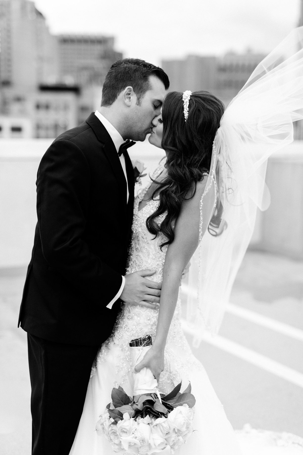 Katelyn-Matt-Downtown-Detroit-Cathedral-Most-Blessed-Sacrament-Wedding-Breanne-Rochelle-Photography1
