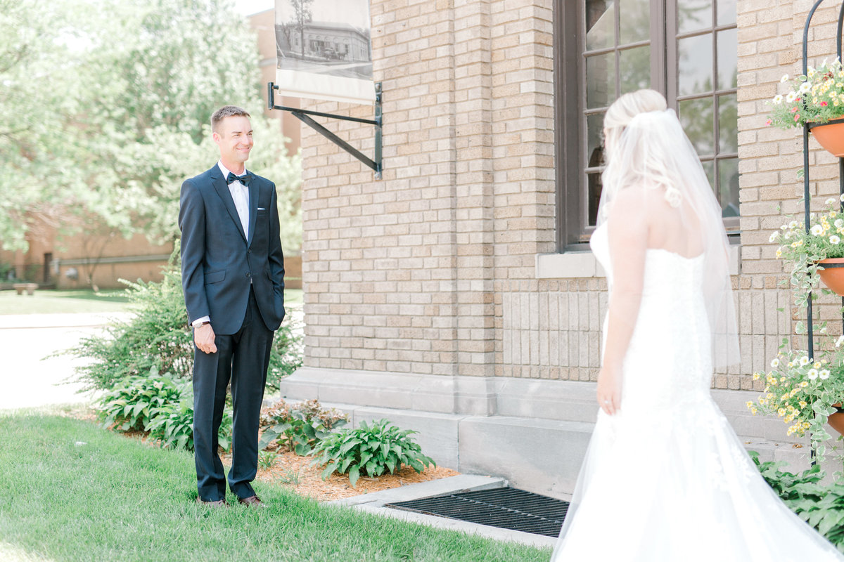 la poste perry iowa wedding photographer danielle+daniel-4715