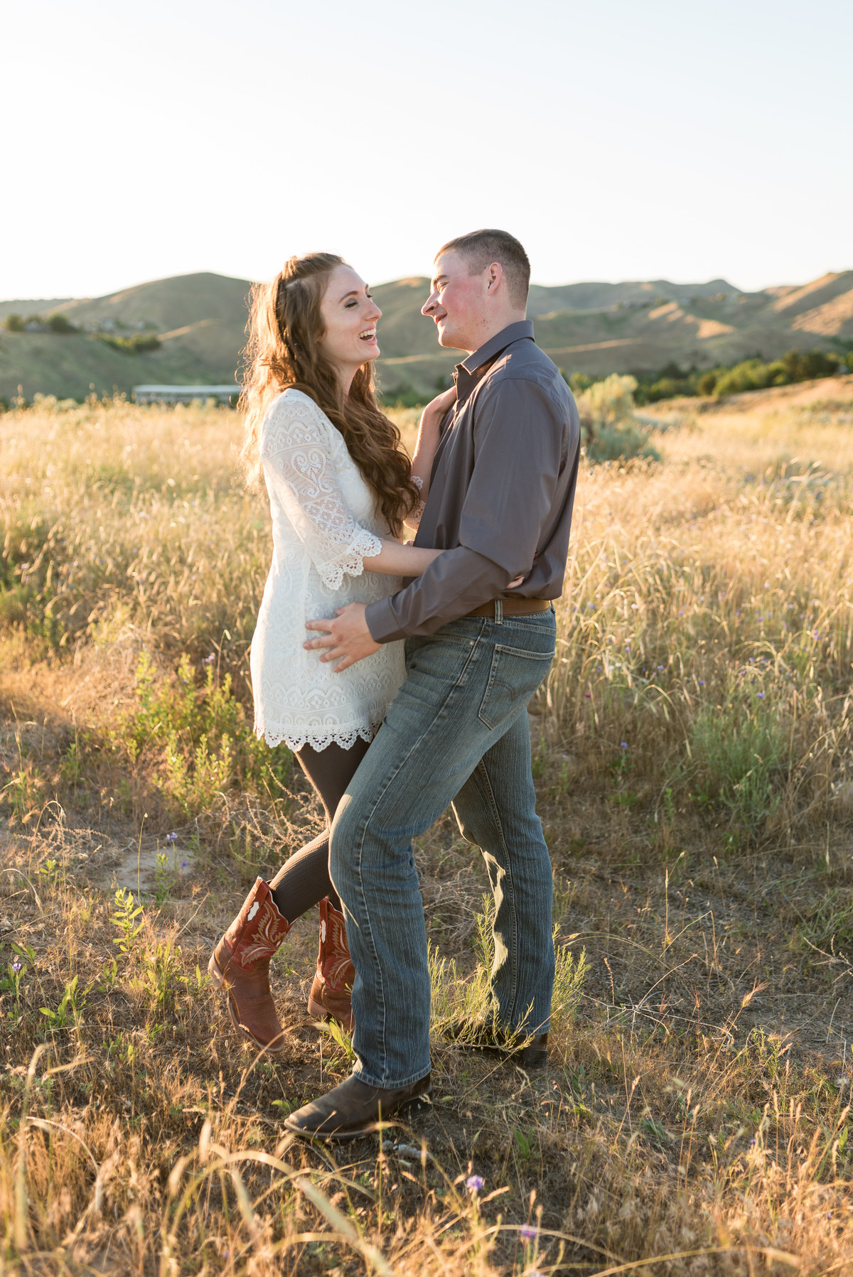 Spring Boise Foothills Engagement Shoot07