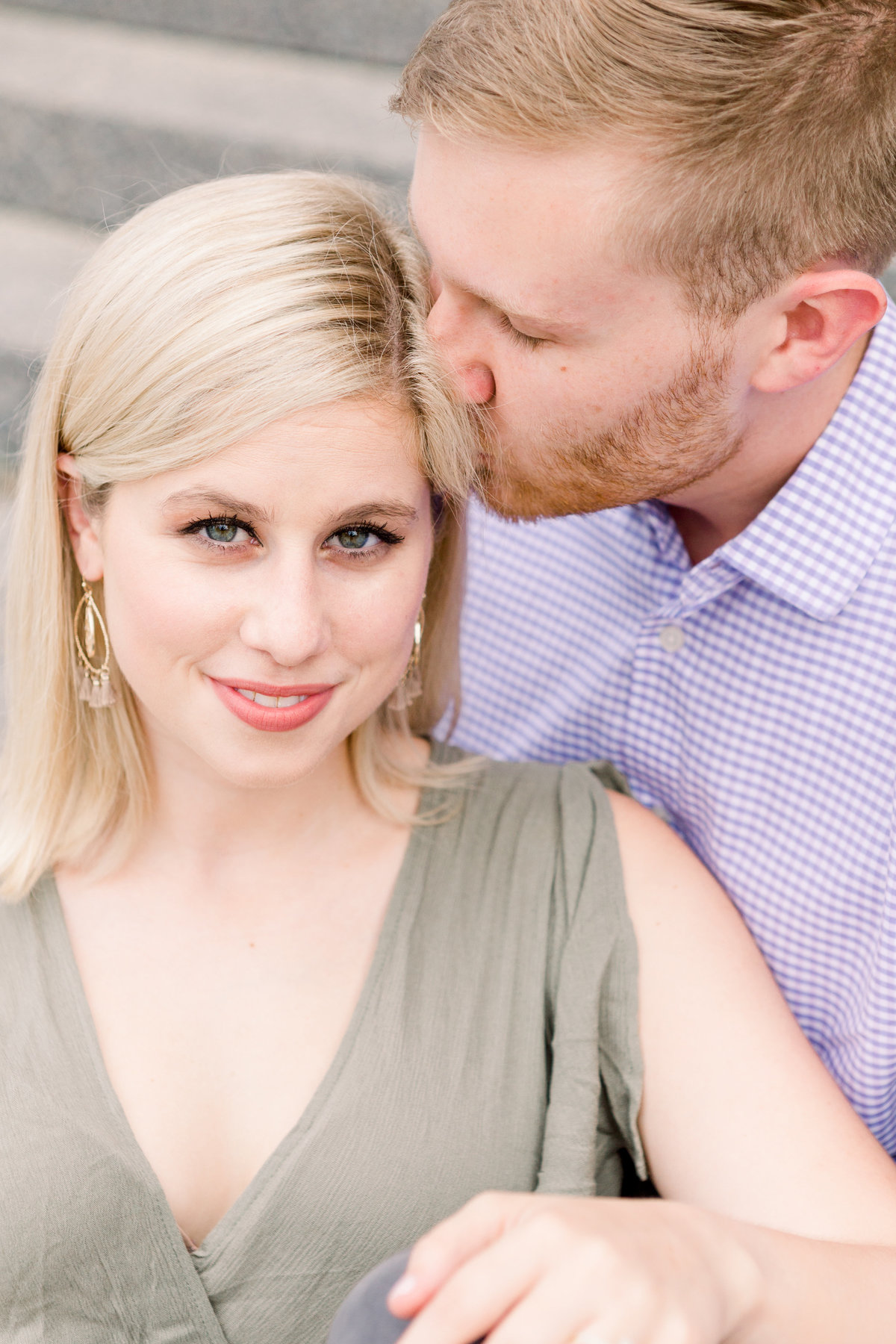 Cincinnati-engagement-wedding-photographer-eden-park-art-museum-smale-riverfront013