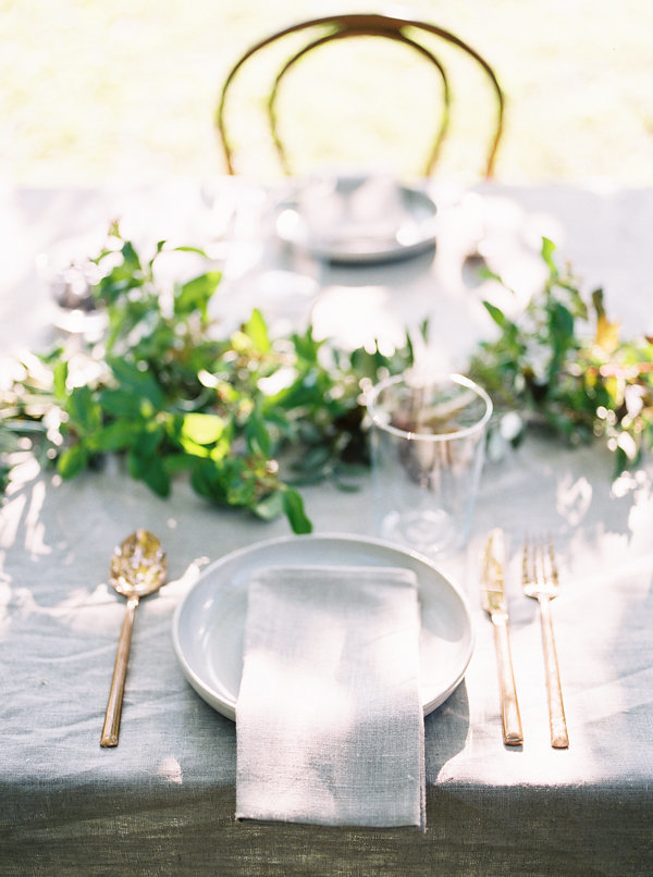 greenery and gold wedding