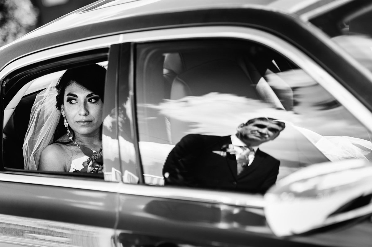 photo of bride waiting in car  in el paso texas by stephane lemaire photography