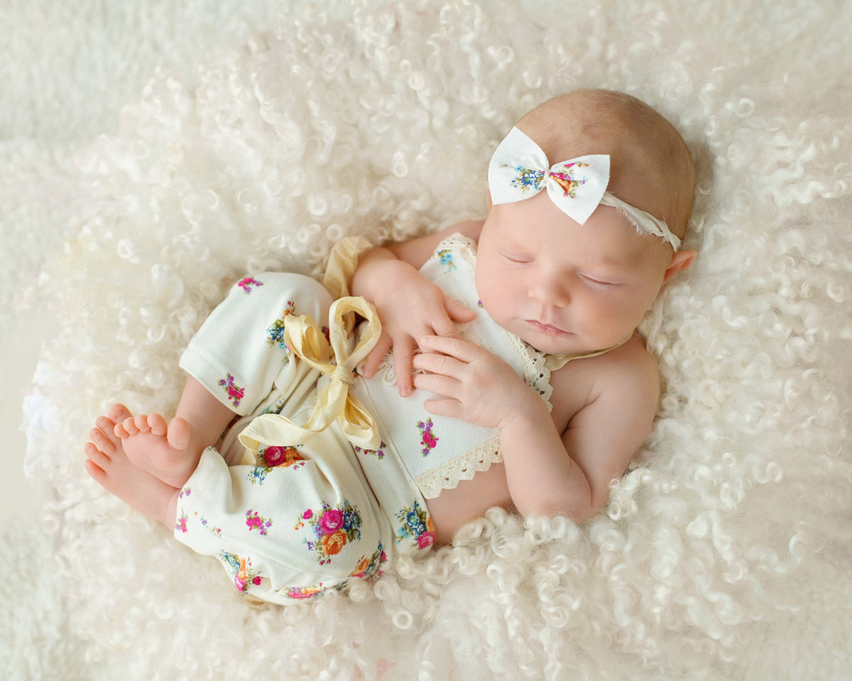newborns baby girl photos129