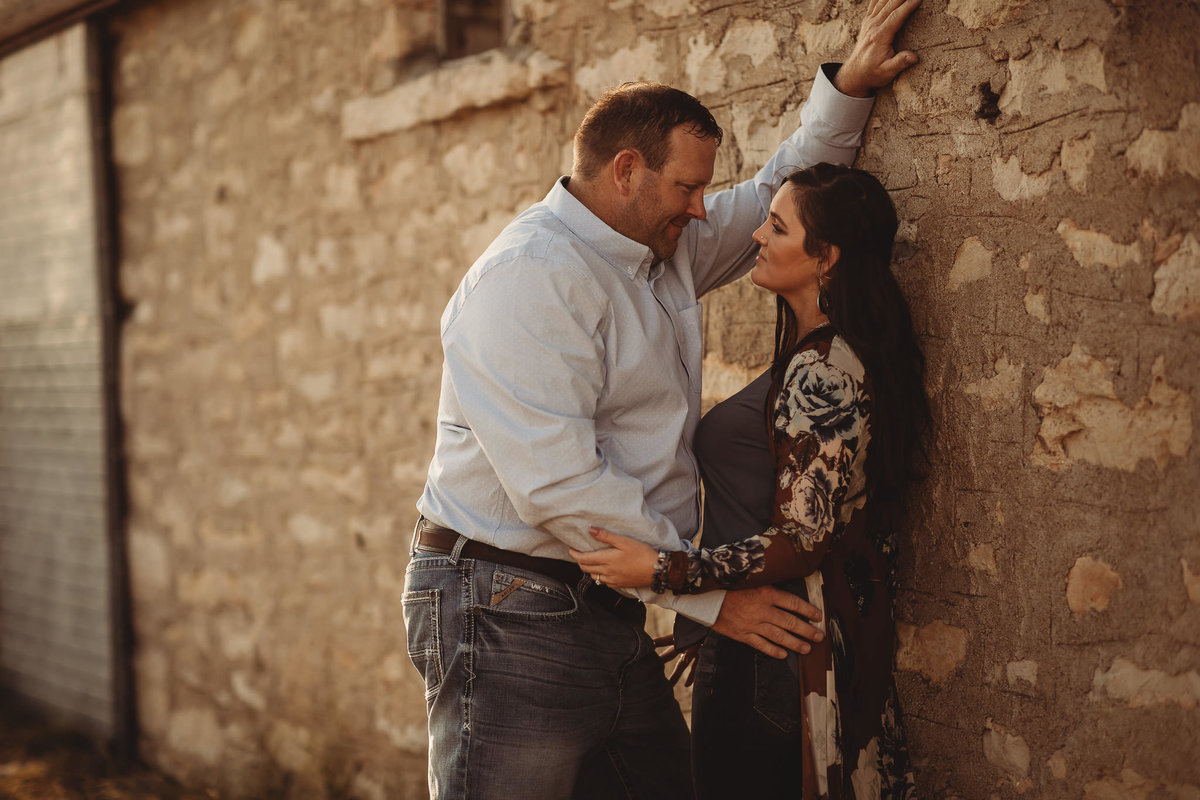 kansas-flint-hill-engagement-photos-native-roaming-3