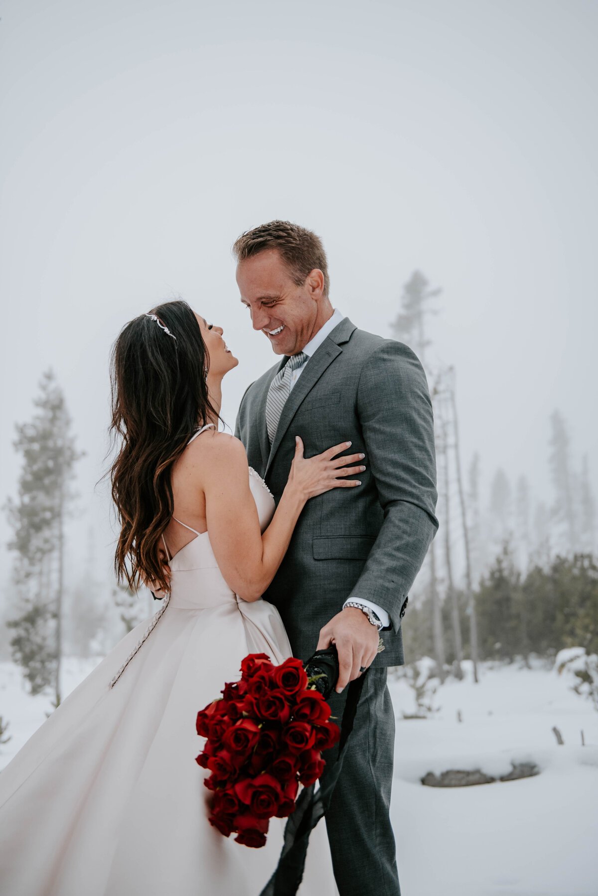 mt-bachelor-snow-winter-elopement-bend-oregon-wedding-photographer-2364