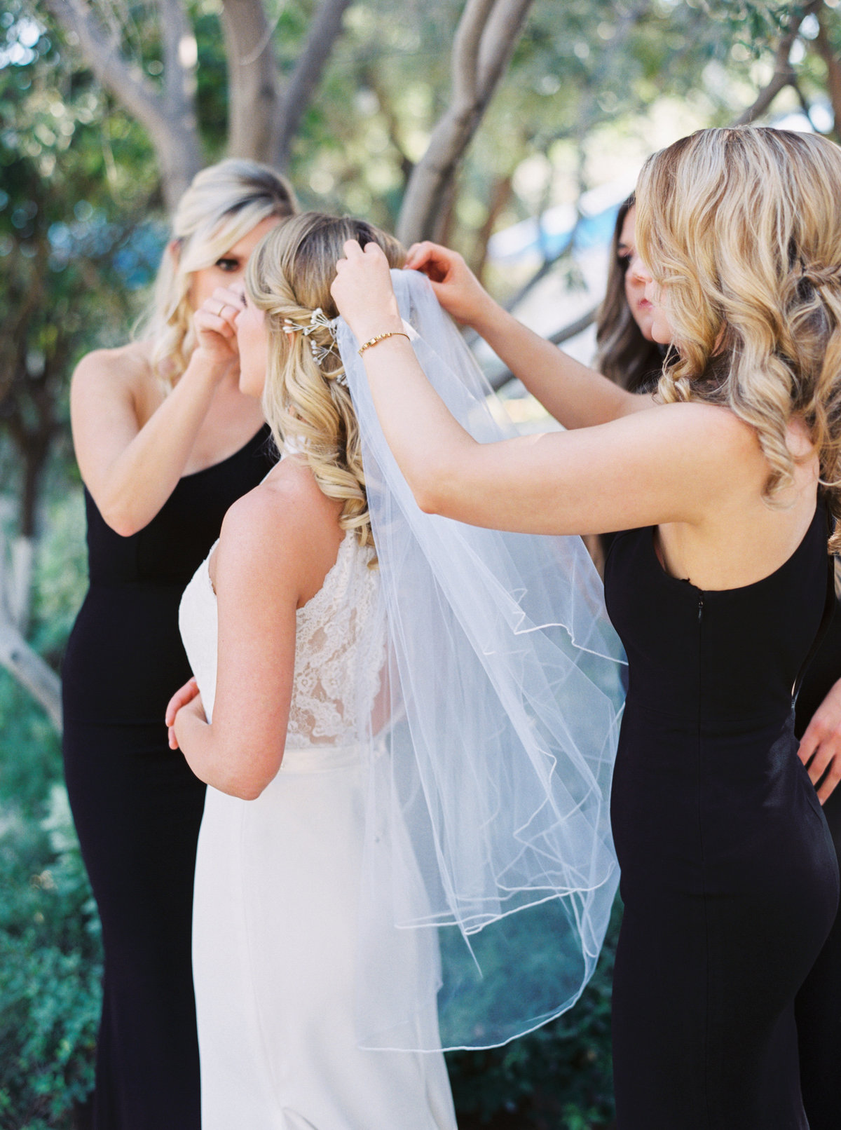 El Chorro Scottsdale Wedding - Mary Claire Photography-38