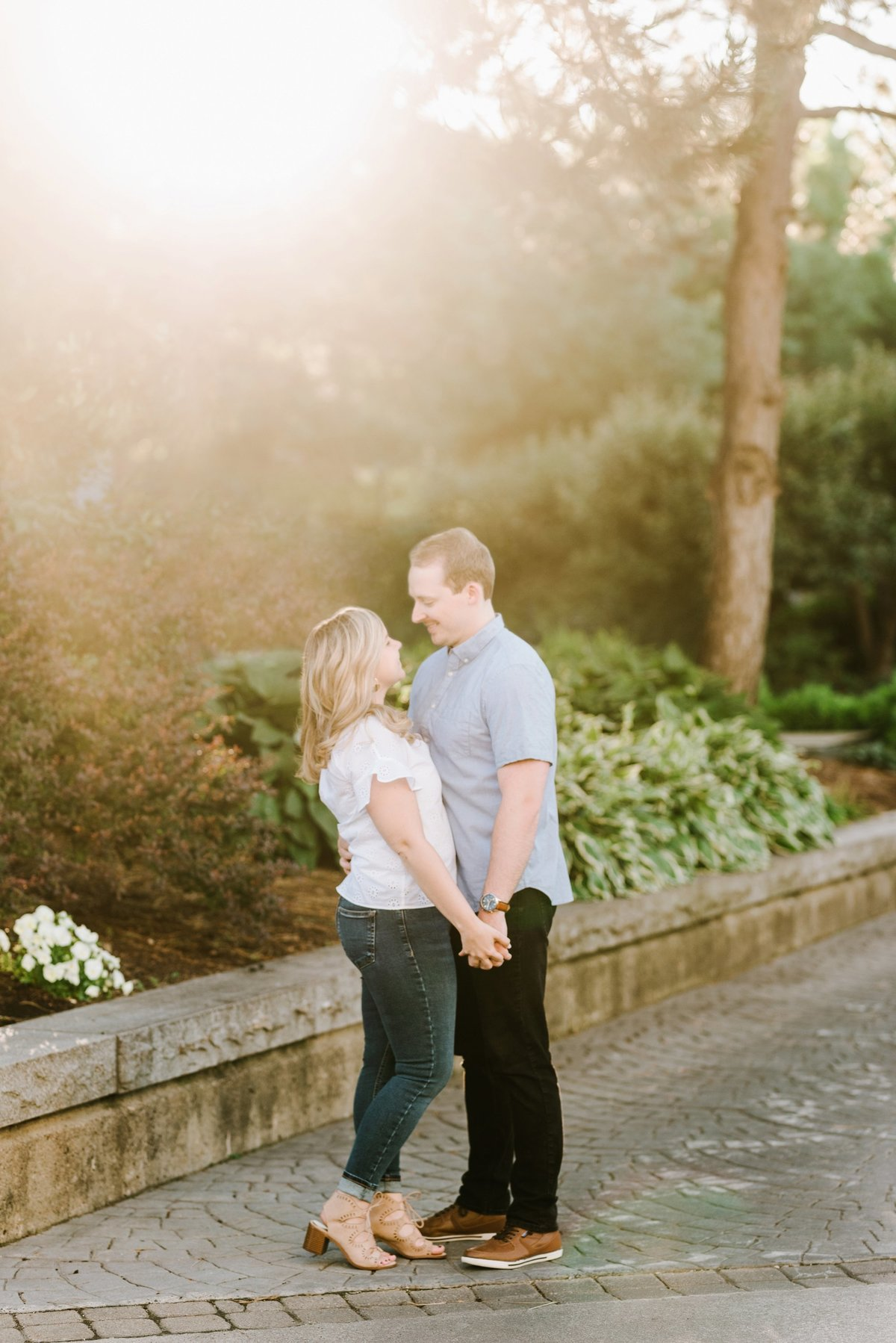 boston-wedding-photographer-charlestown-navy-yard-engagement-photo_0017