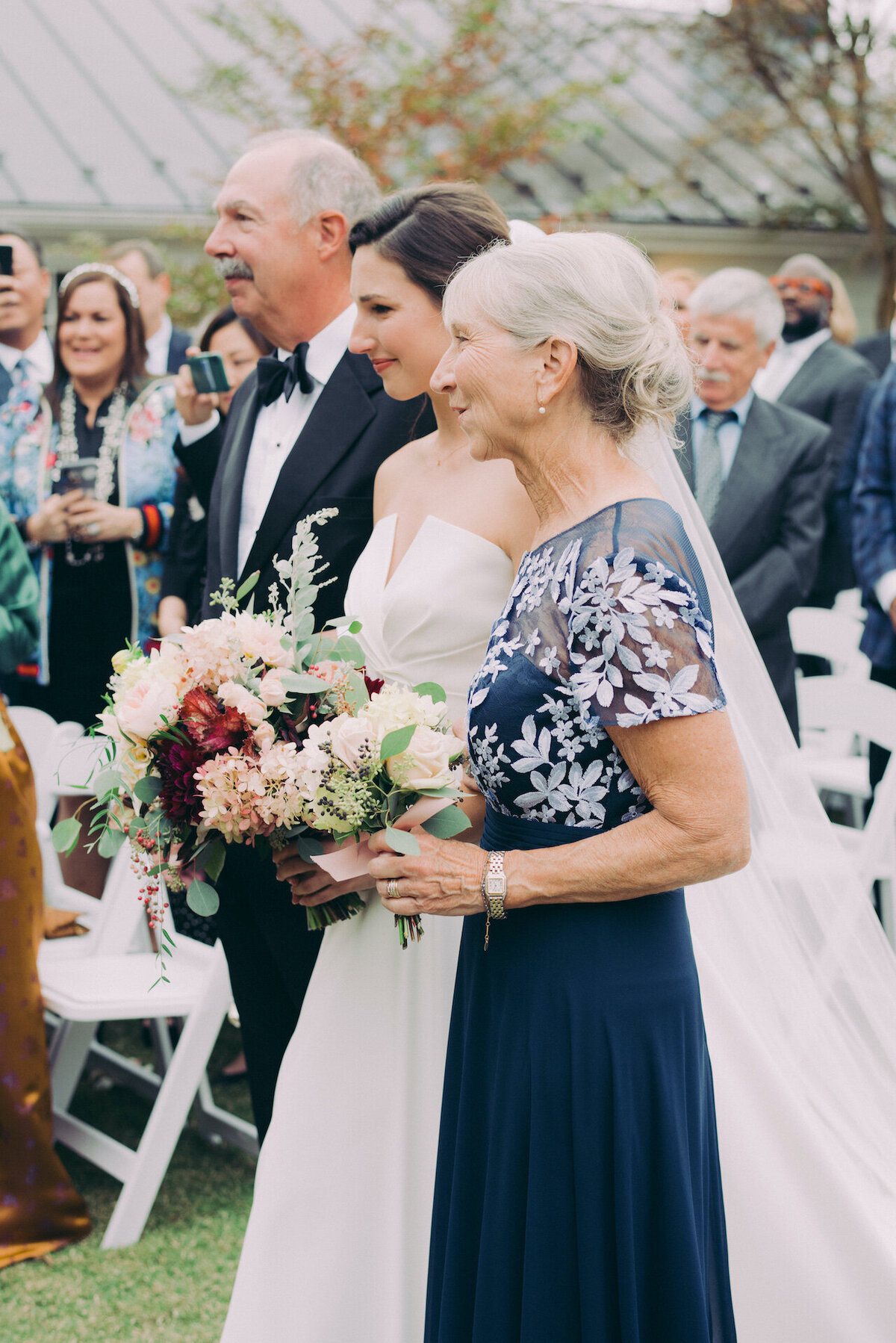 Light and Airy Washington DC Wedding Photographer Robert Aveau for © Bonnie Sen Photography