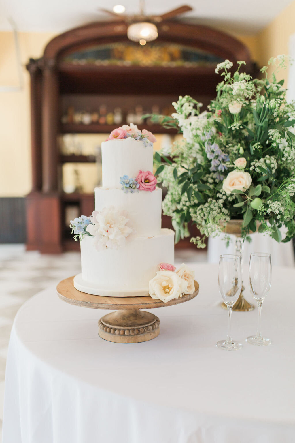 Lynwood Estate - Luxury Kentucky Wedding Venue - Fine Art Wedding Details 00019