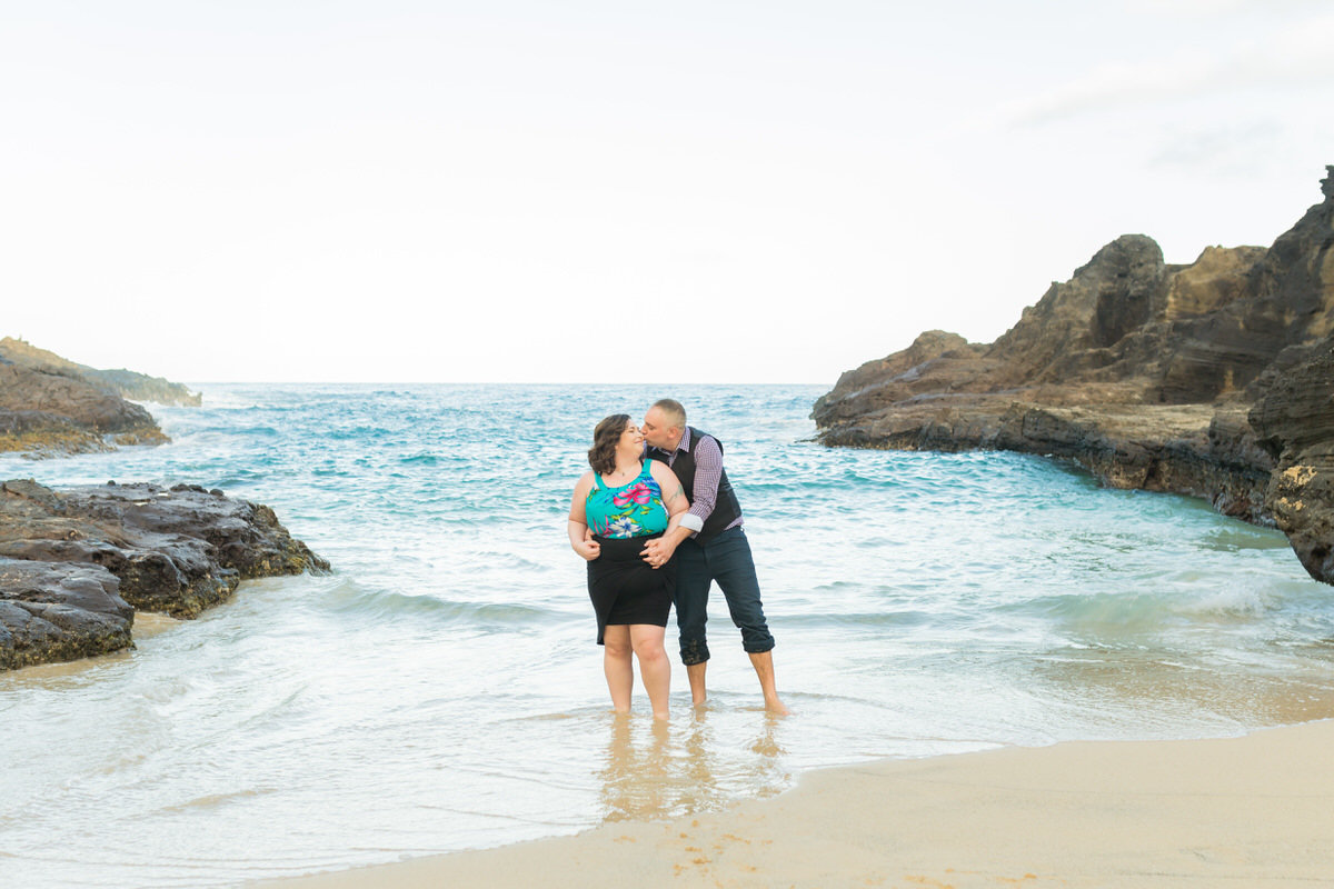 Oahu couples portraits Hawaii