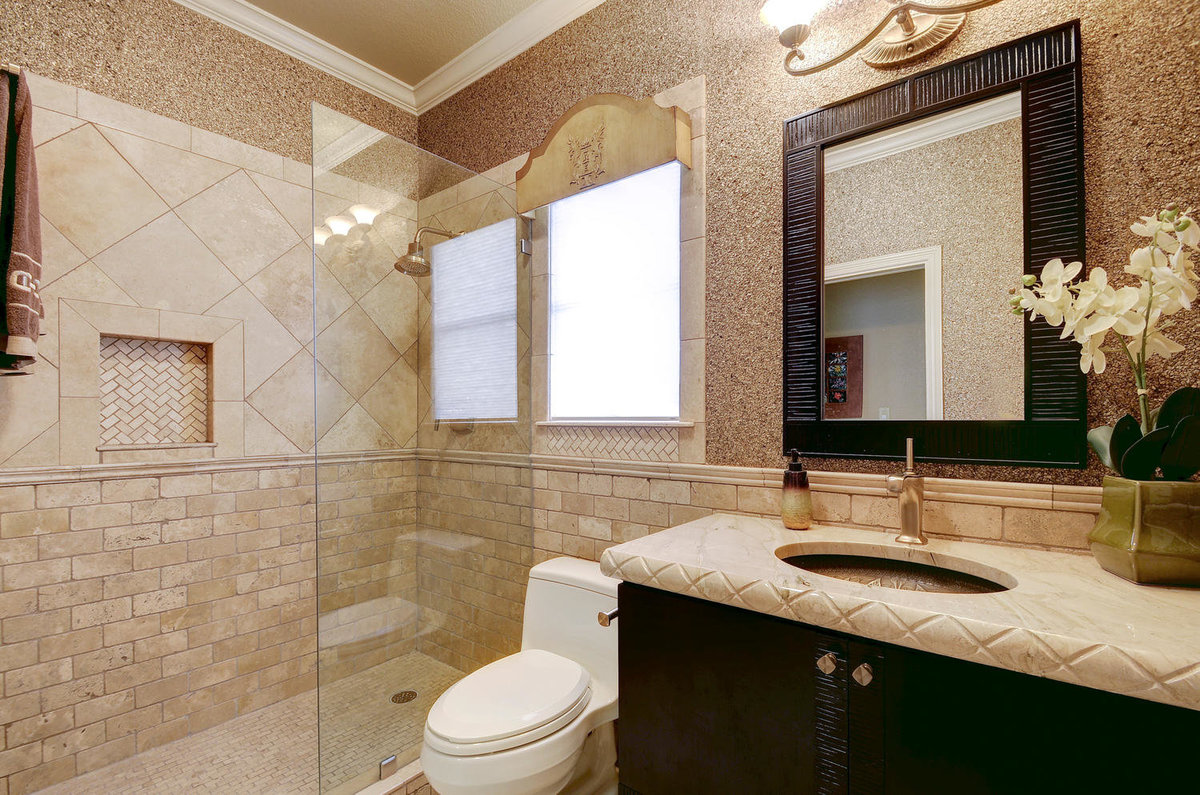 2509 Bartons Bluff Ct-large-025-Other Beds and Baths 799-1500x994-72dpi