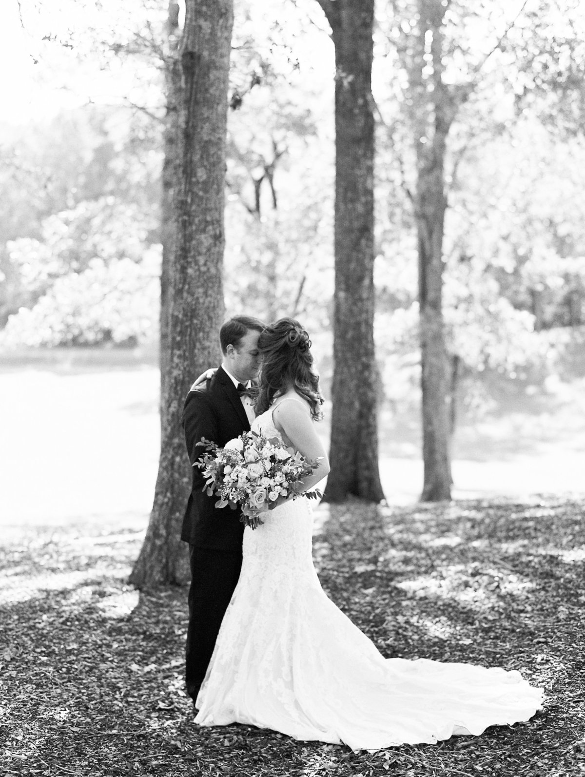 637_Anne & Ryan Wedding_Lindsay Vallas Photog