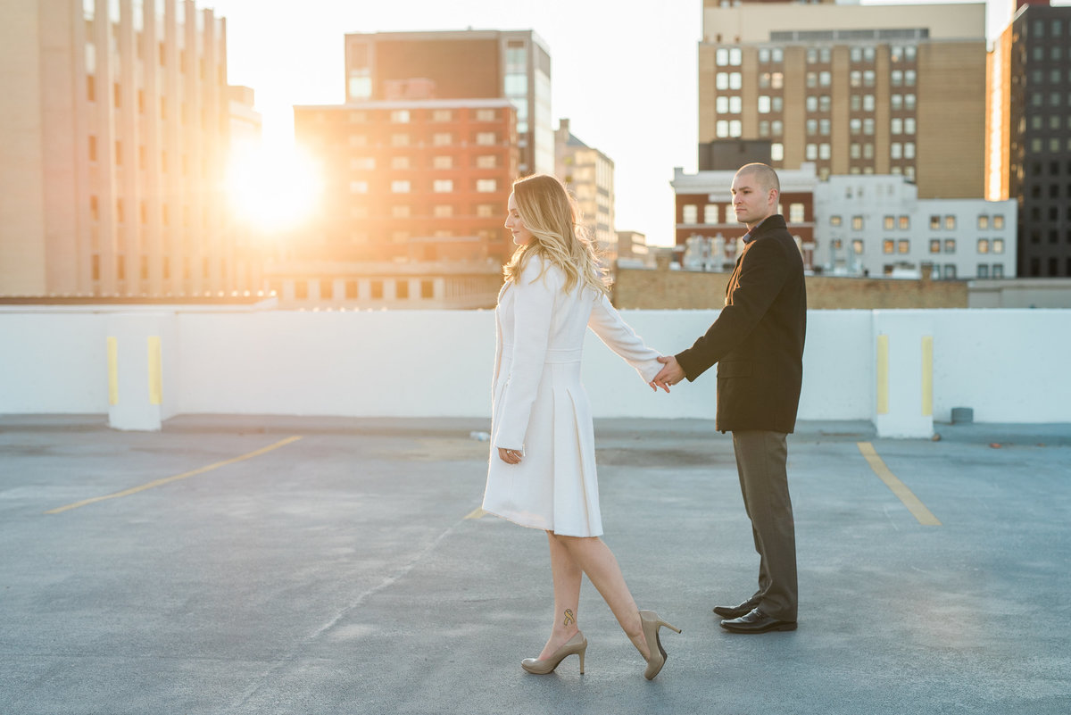 rooftop-couple-photos