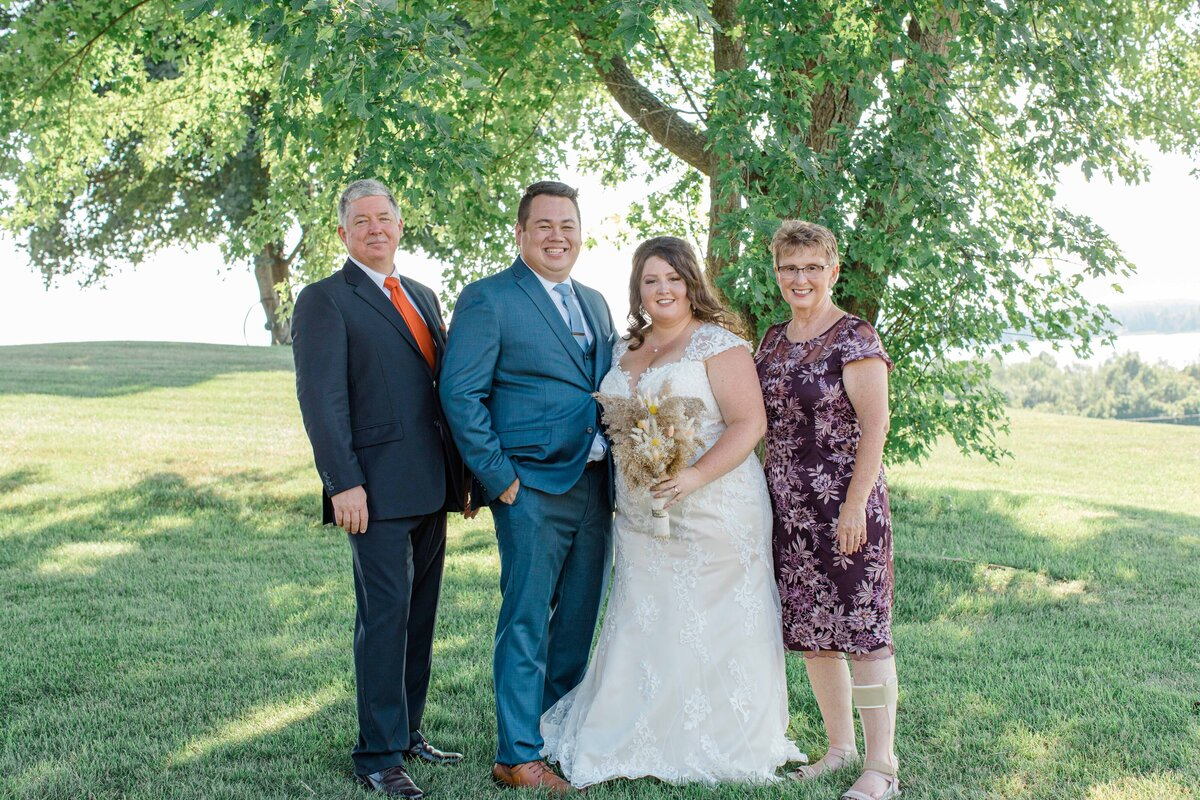 laura-ben-campbell-farm-white-lake-wedding-grey-loft-studio-2020-143