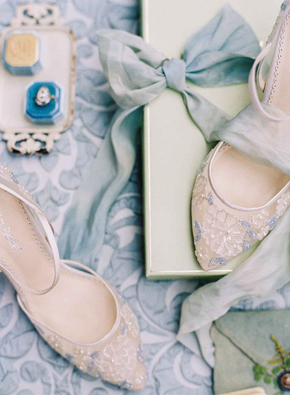 NKT-Events_Wedding-Inspiration-Editorial_Chateau-de-Villette-Bridal_0046