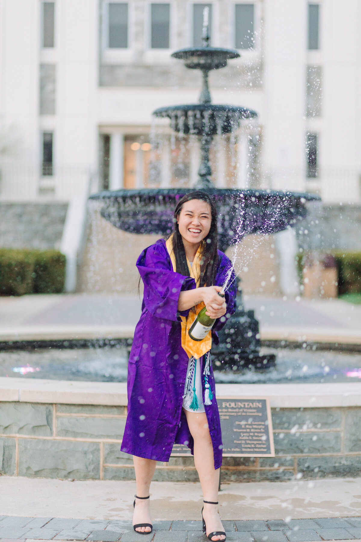 BeckyChen_AngelikaJohnsPhotography_JMU_JamesMadisonUniversity_GraduationSeniorPhotos-4250