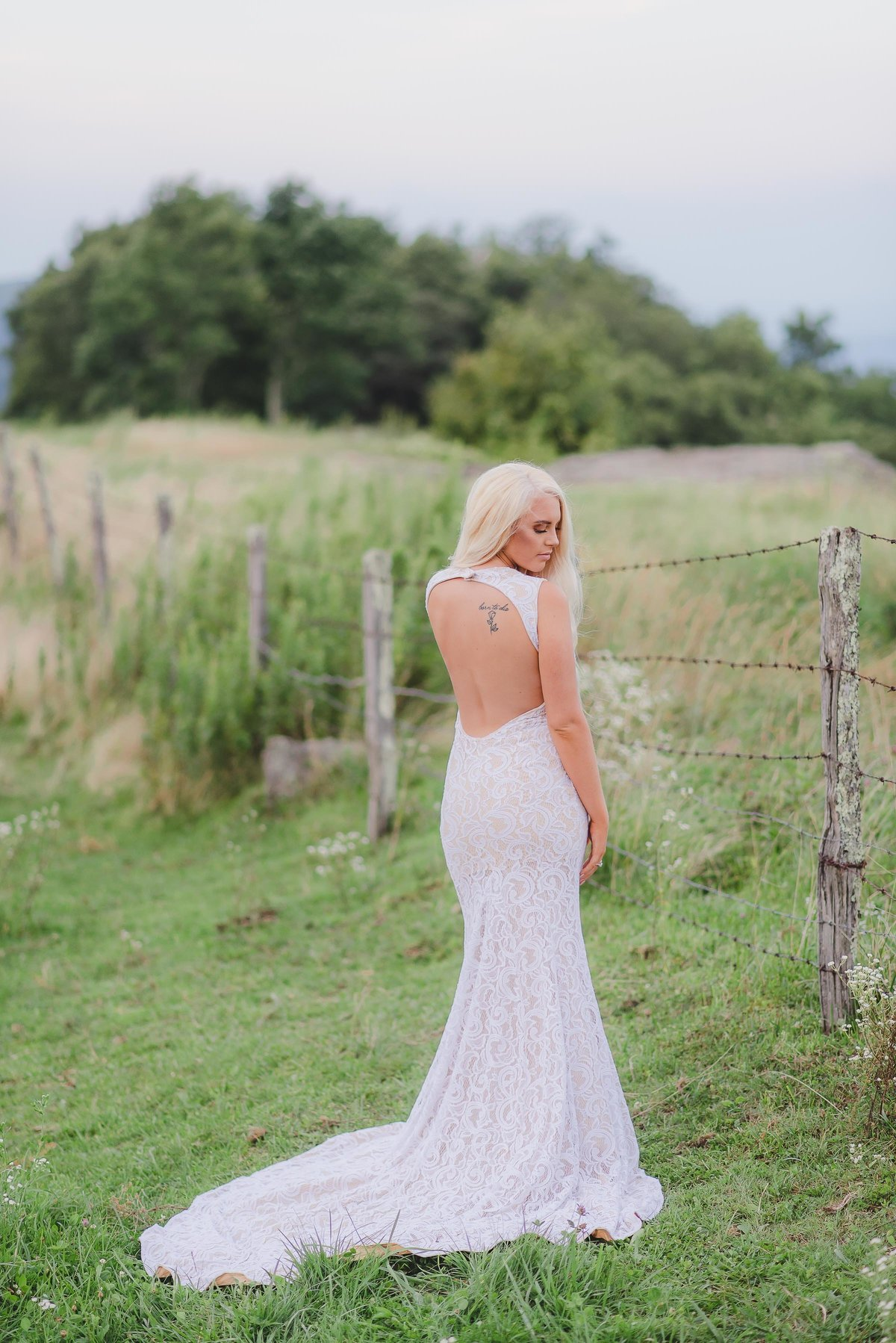 wv and nc wedding photographer outdoors mountain beckley wv bridal-9