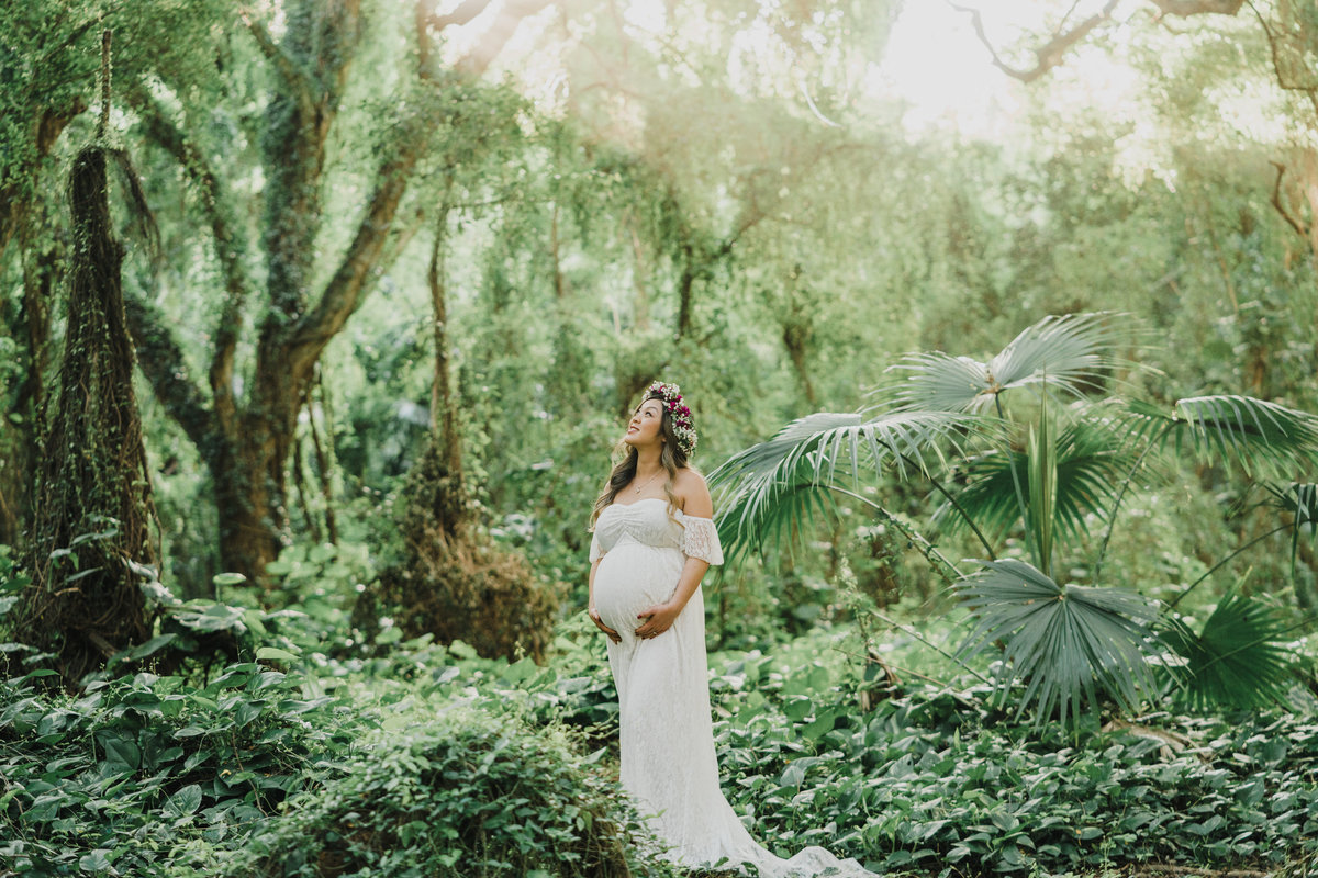 Ironwoods-beach-and-Honolua-Bay-maternity-session-37