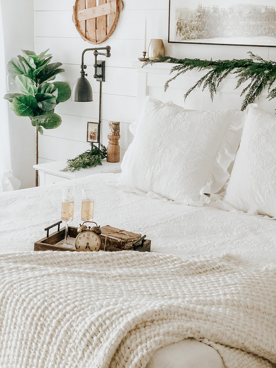 Curated-Winter-Bedroom